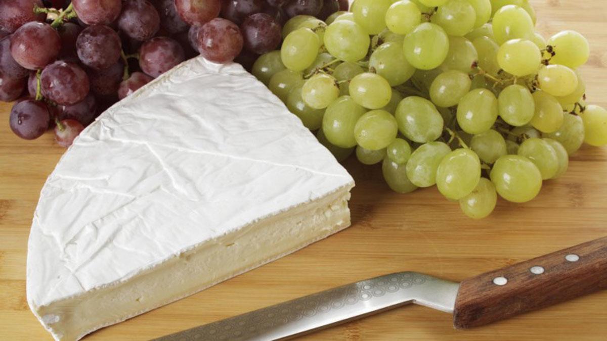 como se come queso brie